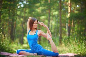 работа инструктор по йоге